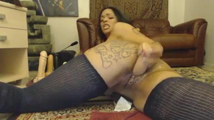 Melez kız vibratör ile anal sikiş izle
