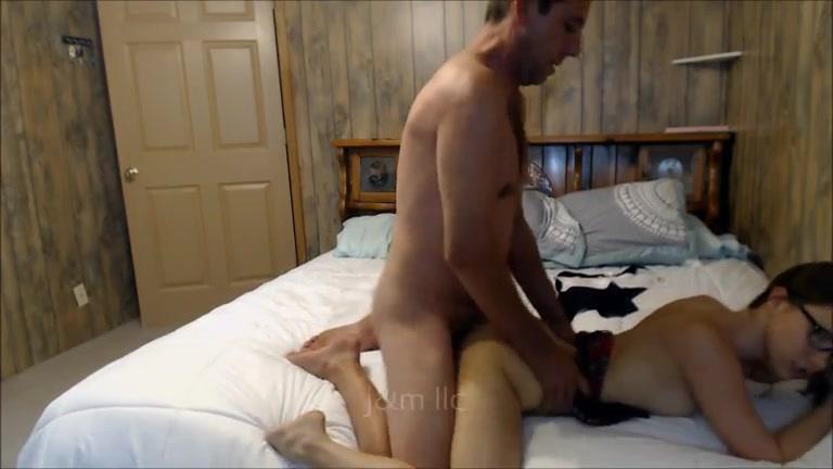 İş Adamı Hizmetçi Porno izle