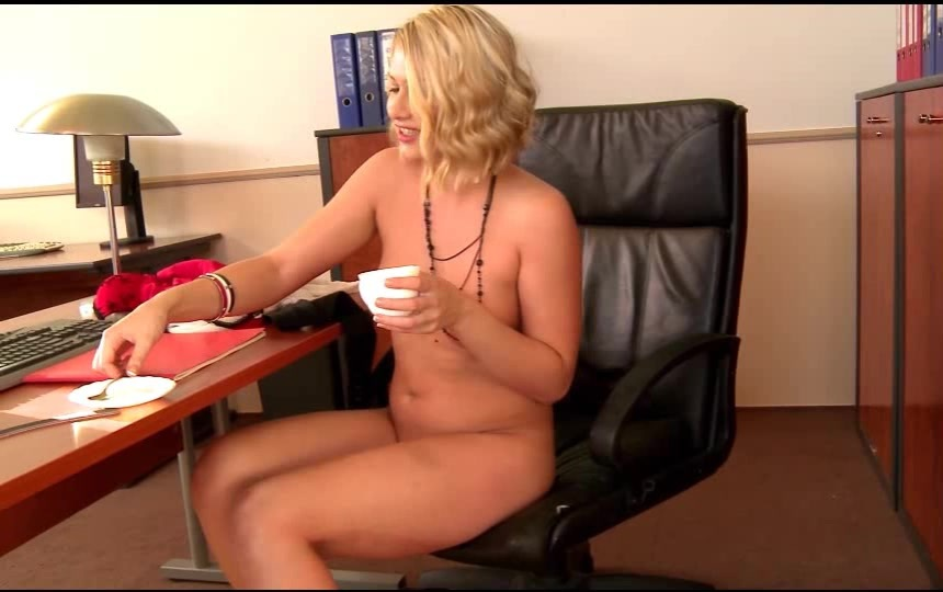 Ofiste sarısın hd vk porno izle