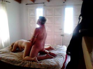 Olgun Evli Kadının Hard Seks Porno İzle