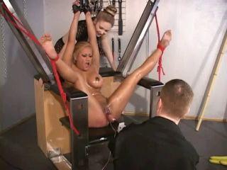 İşkenceli Hard Sikiş Porno Film İzle