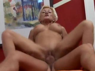 Mature Yaşlı Sarışın Porno İzle