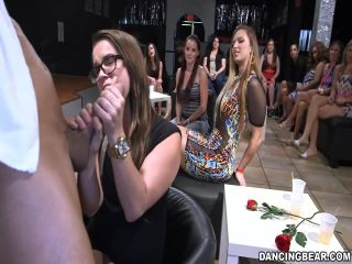 Kızların bekarlığa Veda Partisi Amatör porno izle