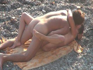 The beach konulu esmer porno izle
